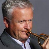 http://trumpetrange.com/player/mike-lovatt/ image